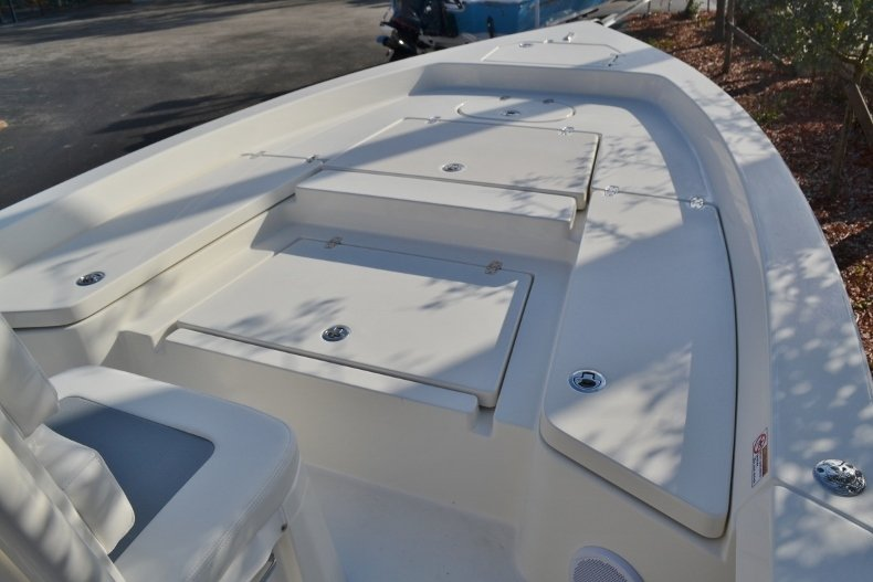 Thumbnail 10 for New 2018 Pathfinder 2400 TRS Bay Boat boat for sale in Vero Beach, FL