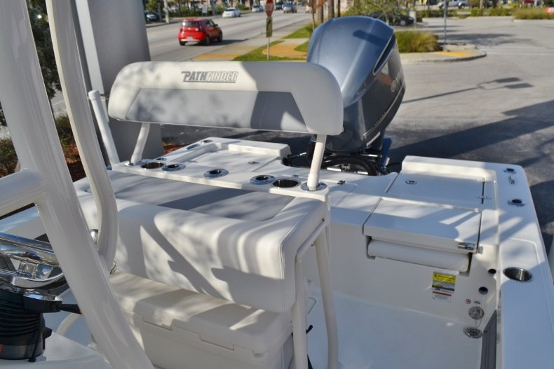Thumbnail 13 for New 2018 Pathfinder 2400 TRS Bay Boat boat for sale in Vero Beach, FL