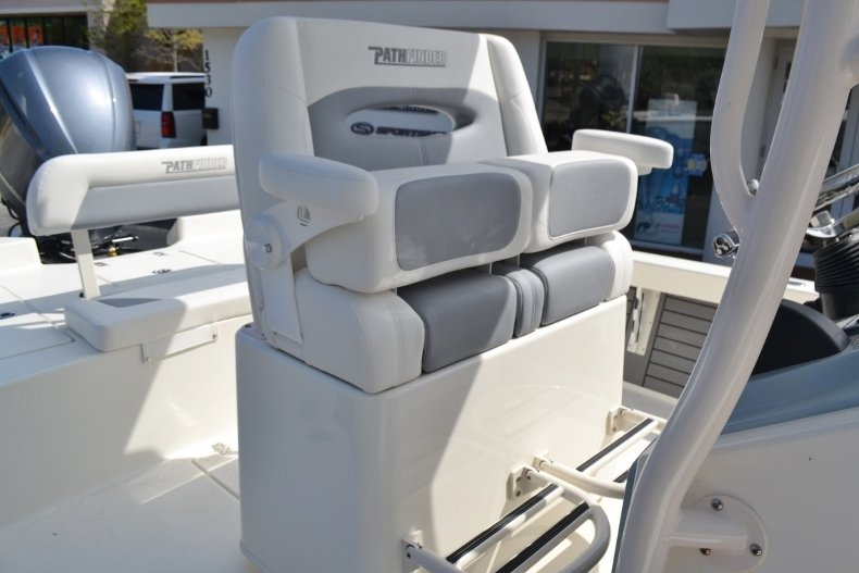 Thumbnail 16 for New 2018 Pathfinder 2600 HPS Bay Boat boat for sale in Vero Beach, FL