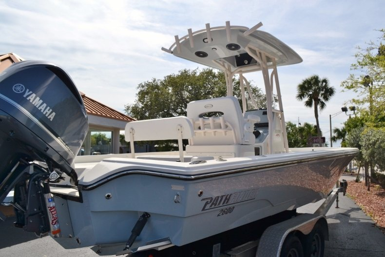 Thumbnail 5 for New 2018 Pathfinder 2600 HPS Bay Boat boat for sale in Vero Beach, FL