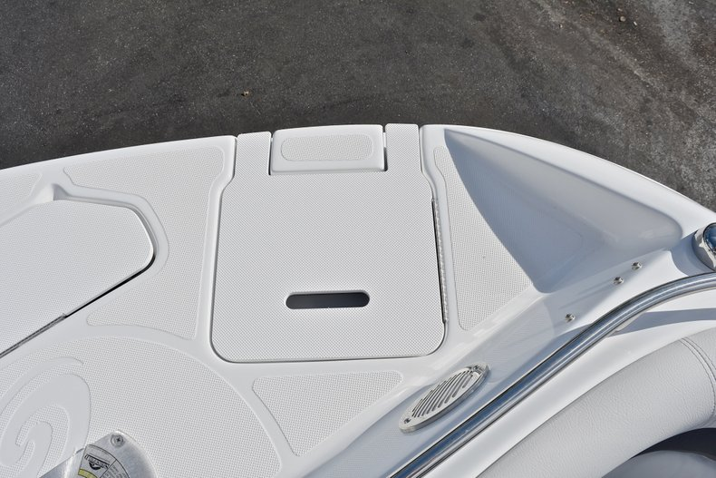 Thumbnail 57 for New 2018 Hurricane SunDeck SD 2486 OB boat for sale in Fort Lauderdale, FL
