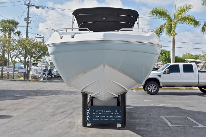 Thumbnail 2 for New 2018 Hurricane SunDeck SD 2486 OB boat for sale in Fort Lauderdale, FL