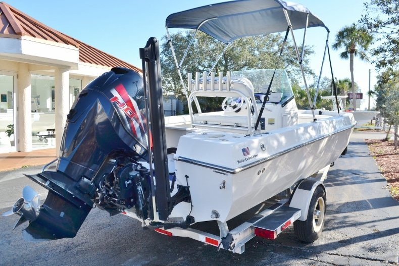 Thumbnail 5 for Used 2009 Velocity 22 OB boat for sale in Vero Beach, FL