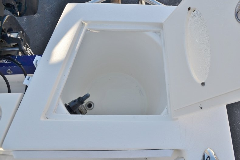 Thumbnail 19 for Used 2009 Velocity 22 OB boat for sale in Vero Beach, FL