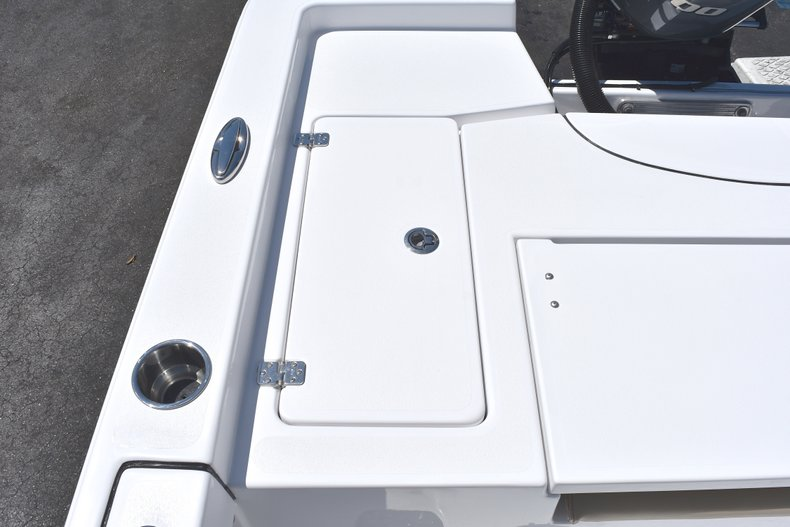 Thumbnail 12 for New 2018 Sportsman Masters 247 Bay Boat boat for sale in Vero Beach, FL