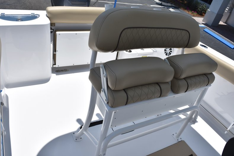 Thumbnail 21 for New 2018 Sportsman Open 232 Center Console boat for sale in Vero Beach, FL