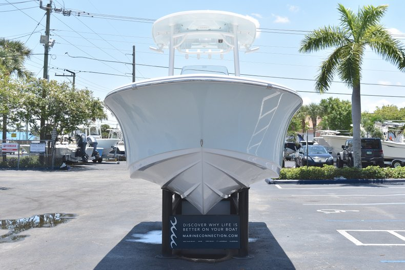 Thumbnail 2 for New 2018 Sportsman Open 232 Center Console boat for sale in Vero Beach, FL