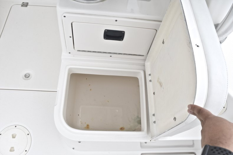 Thumbnail 21 for Used 2005 Robalo R235 Walk Around boat for sale in Vero Beach, FL