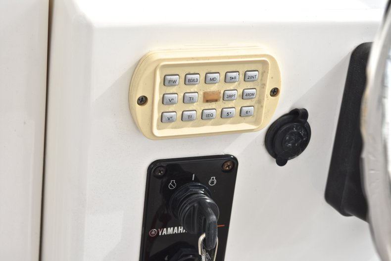 Thumbnail 36 for Used 2005 Robalo R235 Walk Around boat for sale in Vero Beach, FL