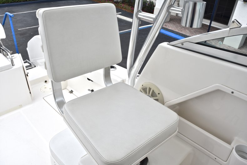 Thumbnail 28 for Used 2005 Robalo R235 Walk Around boat for sale in Vero Beach, FL