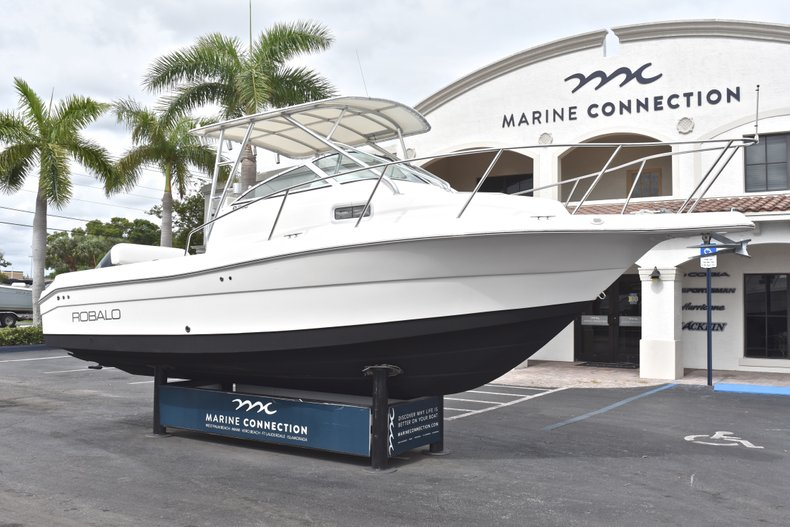 Thumbnail 1 for Used 2005 Robalo R235 Walk Around boat for sale in Vero Beach, FL