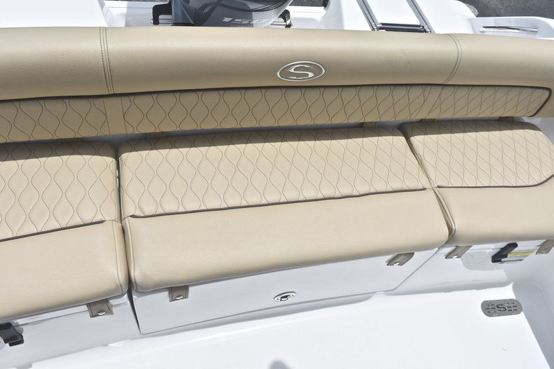 Thumbnail 12 for New 2018 Sportsman Heritage 211 Center Console boat for sale in Vero Beach, FL