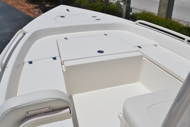 Thumbnail 13 for New 2018 Pathfinder 2200 TRS Bay Boat boat for sale in Vero Beach, FL
