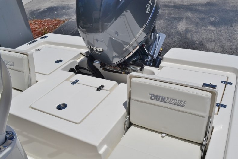 Thumbnail 19 for New 2018 Pathfinder 2200 TRS Bay Boat boat for sale in Vero Beach, FL