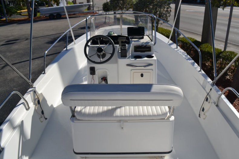 Thumbnail 10 for Used 2000 Boston Whaler 18 Dauntless boat for sale in Vero Beach, FL