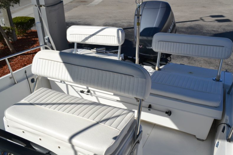 Thumbnail 16 for Used 2000 Boston Whaler 18 Dauntless boat for sale in Vero Beach, FL