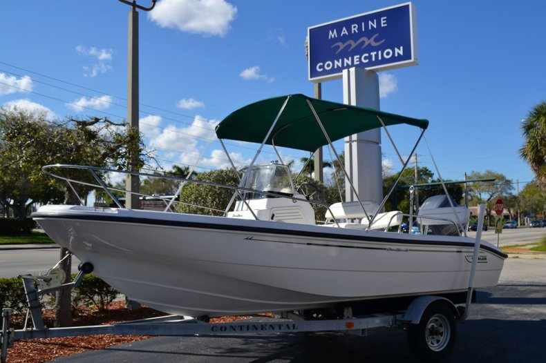 Used 2000 Boston Whaler 18 Dauntless boat for sale in Vero Beach, FL