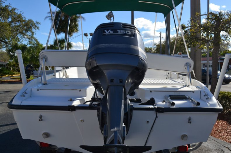 Thumbnail 4 for Used 2000 Boston Whaler 18 Dauntless boat for sale in Vero Beach, FL