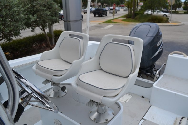 Thumbnail 14 for Used 2003 Triumph 210 boat for sale in Vero Beach, FL