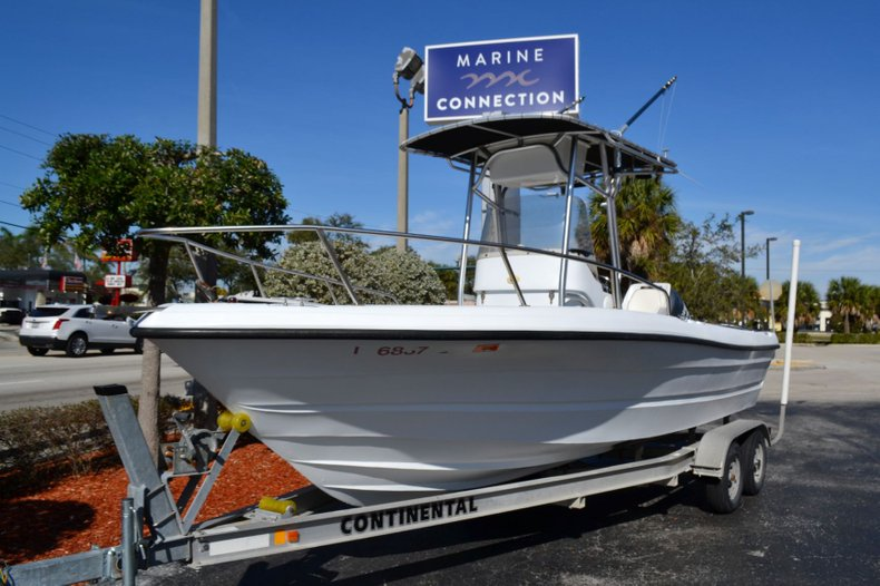 Thumbnail 1 for Used 2003 Triumph 210 boat for sale in Vero Beach, FL