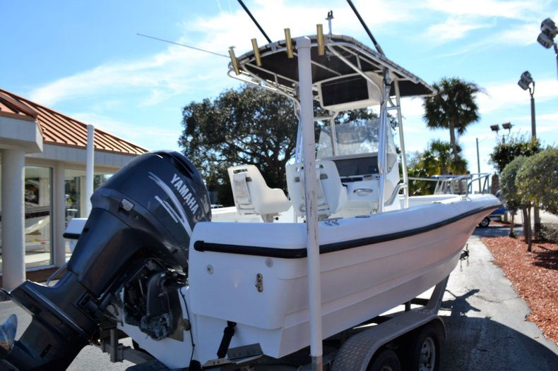 Thumbnail 5 for Used 2003 Triumph 210 boat for sale in Vero Beach, FL