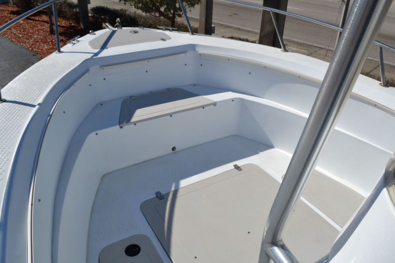 Thumbnail 15 for Used 2003 Triumph 210 boat for sale in Vero Beach, FL