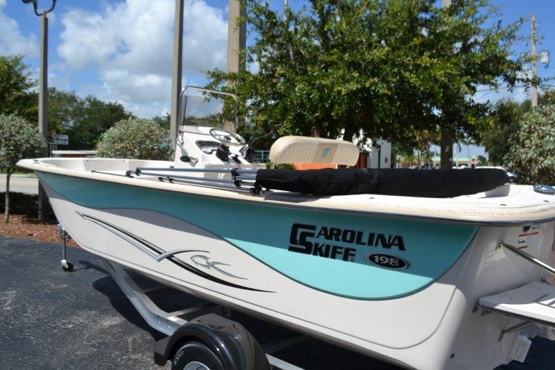 Thumbnail 7 for New 2019 Carolina Skiff 198DLV boat for sale in Vero Beach, FL