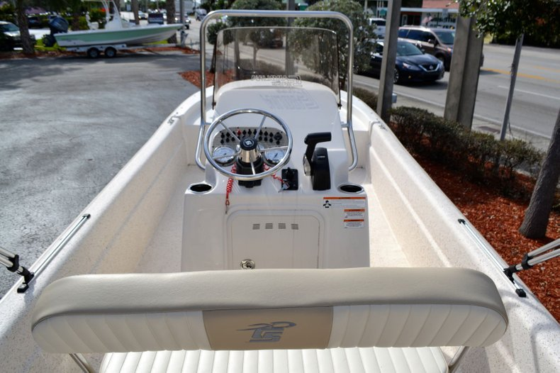 Thumbnail 9 for New 2019 Carolina Skiff 20 JVX Center Console boat for sale in Vero Beach, FL