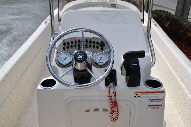 Thumbnail 10 for New 2019 Carolina Skiff 20 JVX Center Console boat for sale in Vero Beach, FL