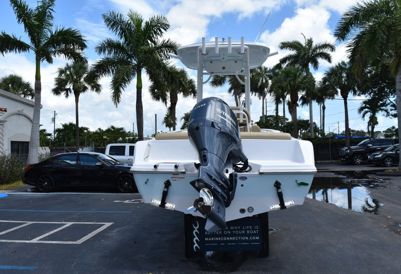 Thumbnail 6 for New 2019 Sportsman Heritage 211 Center Console boat for sale in Vero Beach, FL