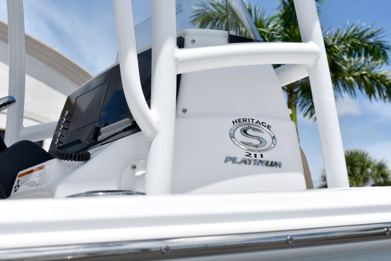 Thumbnail 9 for New 2019 Sportsman Heritage 211 Center Console boat for sale in Vero Beach, FL