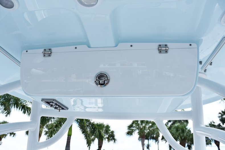 Thumbnail 30 for New 2019 Sportsman Heritage 211 Center Console boat for sale in Vero Beach, FL