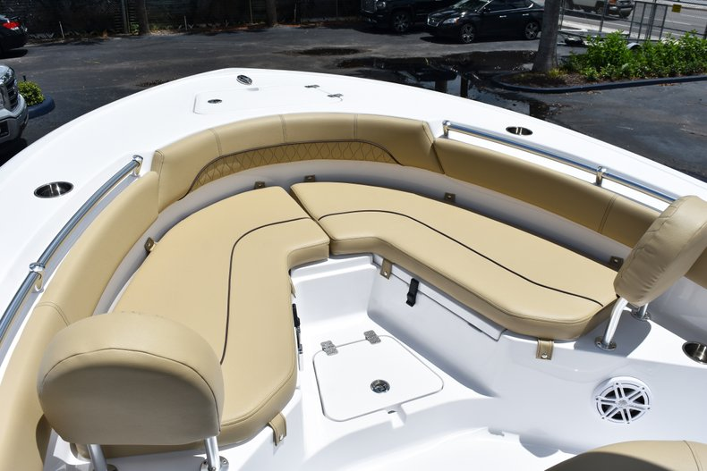 Thumbnail 39 for New 2019 Sportsman Heritage 211 Center Console boat for sale in Vero Beach, FL