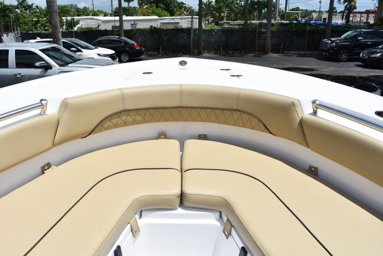 Thumbnail 43 for New 2019 Sportsman Heritage 211 Center Console boat for sale in Vero Beach, FL