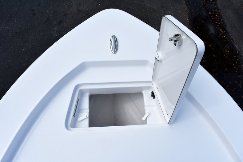 Thumbnail 45 for New 2019 Sportsman Masters 247 Bay Boat boat for sale in Vero Beach, FL