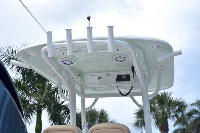 Thumbnail 9 for New 2019 Sportsman Masters 247 Bay Boat boat for sale in Vero Beach, FL