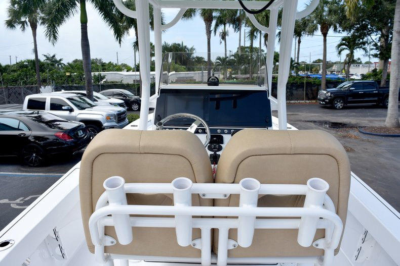Thumbnail 20 for New 2019 Sportsman Masters 247 Bay Boat boat for sale in Vero Beach, FL