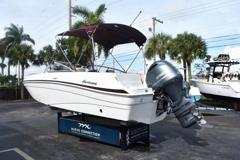 Thumbnail 5 for New 2019 Hurricane 217 SunDeck OB boat for sale in Vero Beach, FL