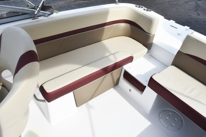 Thumbnail 15 for New 2019 Hurricane 217 SunDeck OB boat for sale in Vero Beach, FL