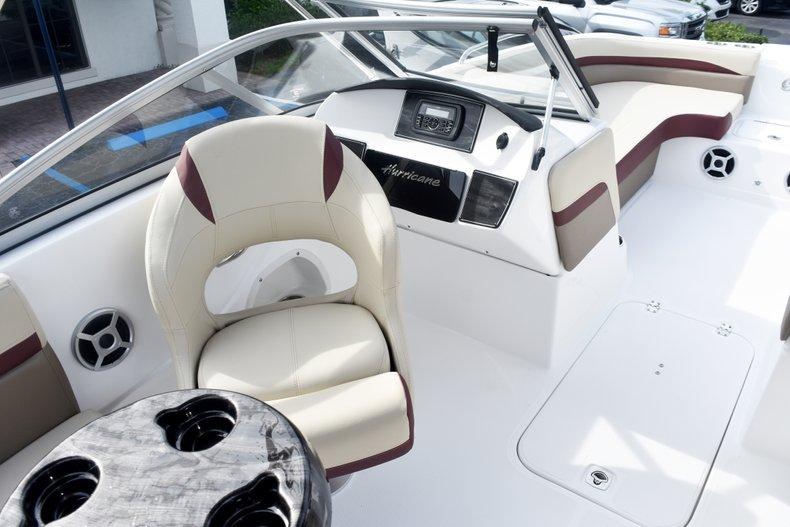 Thumbnail 31 for New 2019 Hurricane 217 SunDeck OB boat for sale in Vero Beach, FL