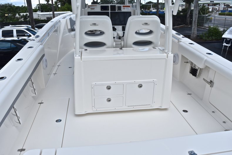 Thumbnail 10 for New 2019 Cobia 320 Center Console boat for sale in Vero Beach, FL