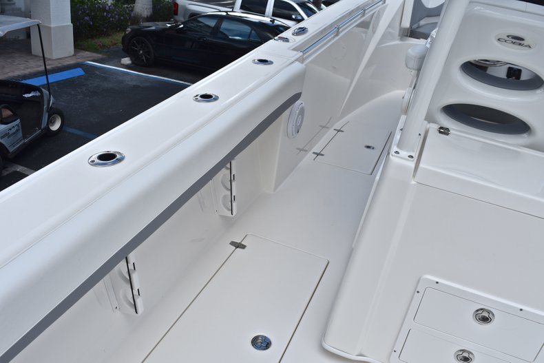 Thumbnail 25 for New 2019 Cobia 320 Center Console boat for sale in Vero Beach, FL