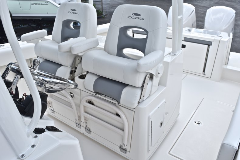 Thumbnail 49 for New 2019 Cobia 320 Center Console boat for sale in Vero Beach, FL