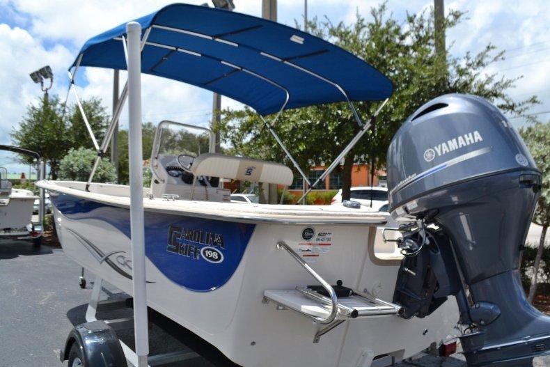 Thumbnail 3 for New 2019 Carolina Skiff 198DLV boat for sale in Vero Beach, FL