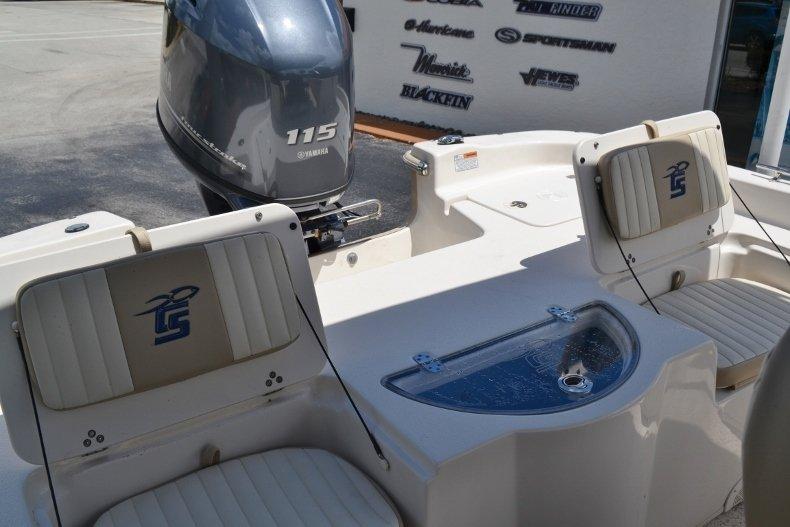 Thumbnail 16 for New 2019 Carolina Skiff 198DLV boat for sale in Vero Beach, FL