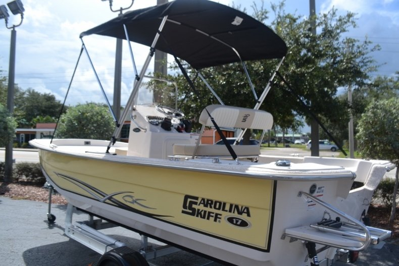 Thumbnail 3 for New 2019 Carolina Skiff 1765 DLX boat for sale in Vero Beach, FL