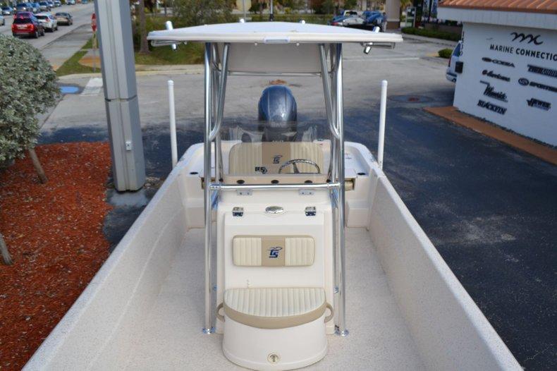 Thumbnail 10 for New 2019 Carolina Skiff 238 DLV boat for sale in Vero Beach, FL