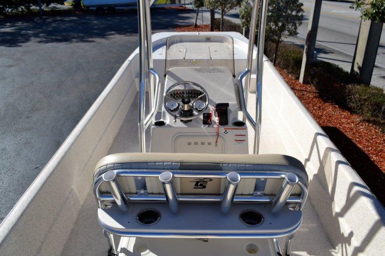 Thumbnail 9 for New 2019 Carolina Skiff 2480 DLX boat for sale in Vero Beach, FL