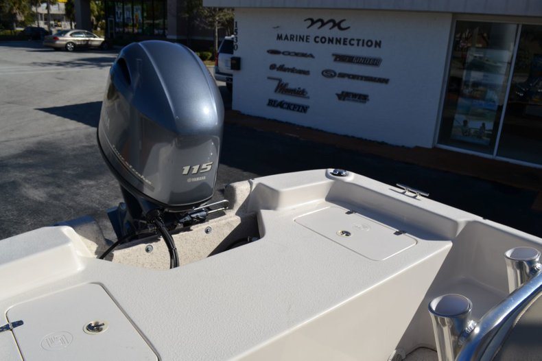 Thumbnail 18 for New 2019 Carolina Skiff 2480 DLX boat for sale in Vero Beach, FL
