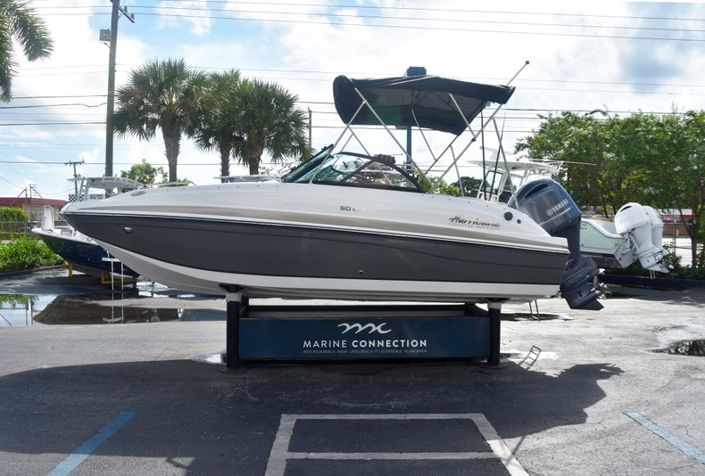 Thumbnail 4 for New 2019 Hurricane SunDeck SD 187 OB boat for sale in West Palm Beach, FL